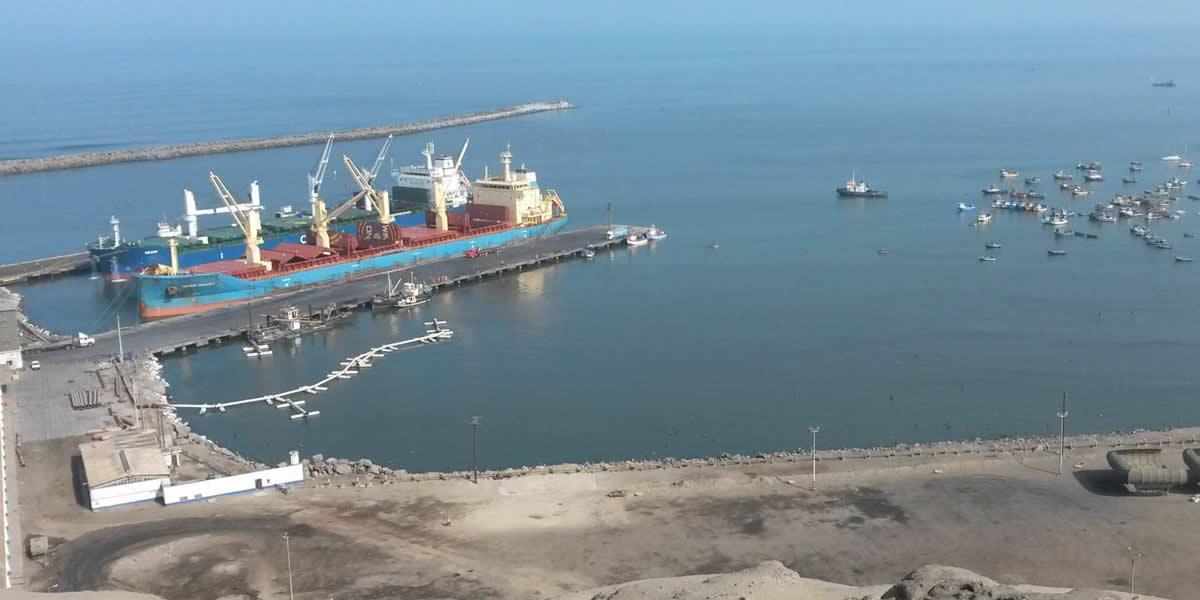 Terminal Portuario de Salaverry recibió lote de 42 torres de gran dimensión para generación de energía eólica
