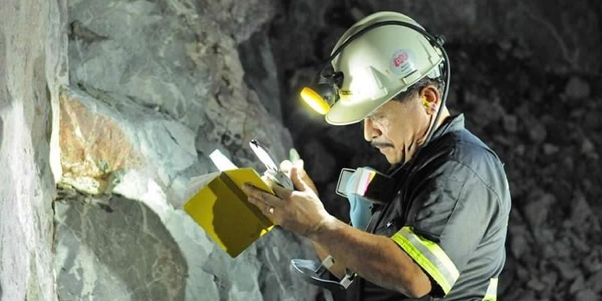 Disposiciones reglamentarias para el acceso y permanencia en el Registro Integral de Formalización Minera